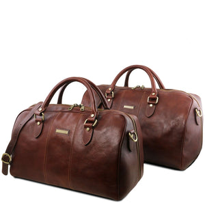 Front View Of the Brown Leather Travel Set