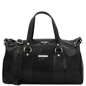 Front View Of The Black Leather Ladies Duffle Bag