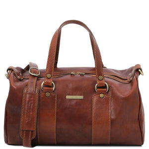 Front View Of The Brown Leather Ladies Duffle Bag