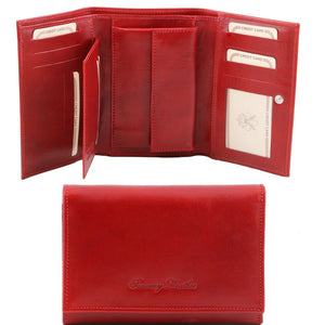 Internal And Frontal View Of The Red Leather Women's Wallet