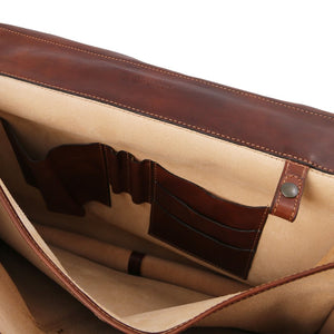 Internal Features View Of The Brown Mens Leather Messenger Bag