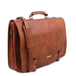 Angled And Shoulder Strap View Of The Natural Mens Leather Messenger Bag