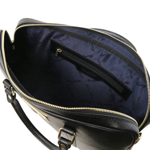 Internal Zip Pocket View Of The Black Ladies Leather Laptop Case