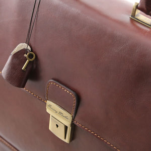 Key And Locking Mechanism View Of The Brown Mens Large Leather Briefcase
