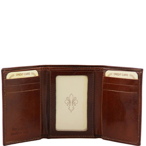 Front View Of The Dark Brown Mens Credit Card Holder