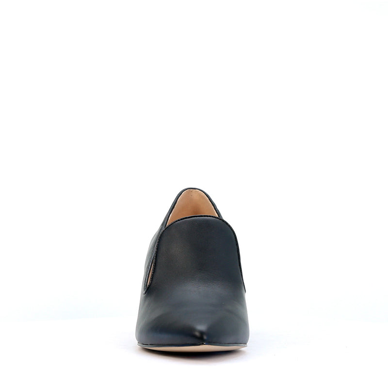 DOT BLACK - Urban Collective Footwear