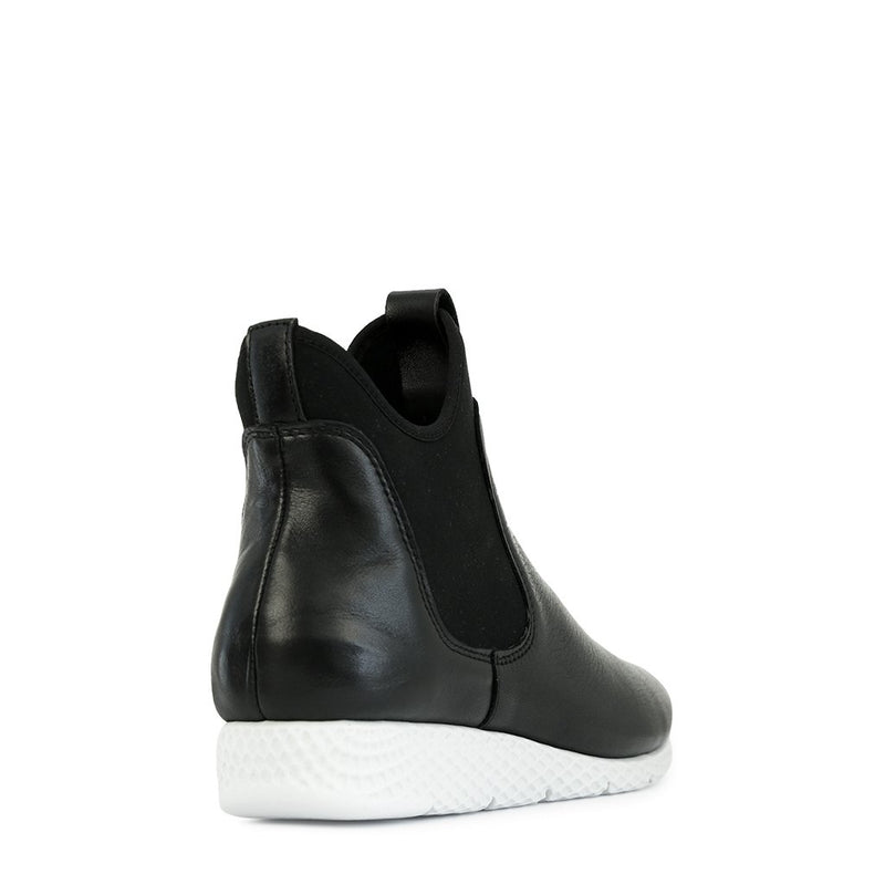 LIGHTER - Urban Collective Footwear