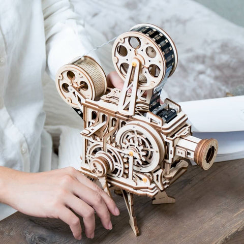 Vintage Diy 3D Hand Crank Film Projector Wooden Vitascope Toy - Colorcome