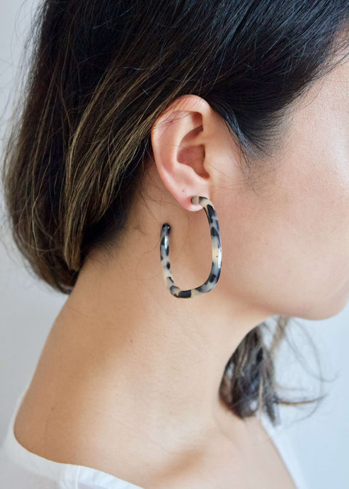 Fly Me to Casablanca | White tortoise shell hoop earrings | Rue Saint Paul