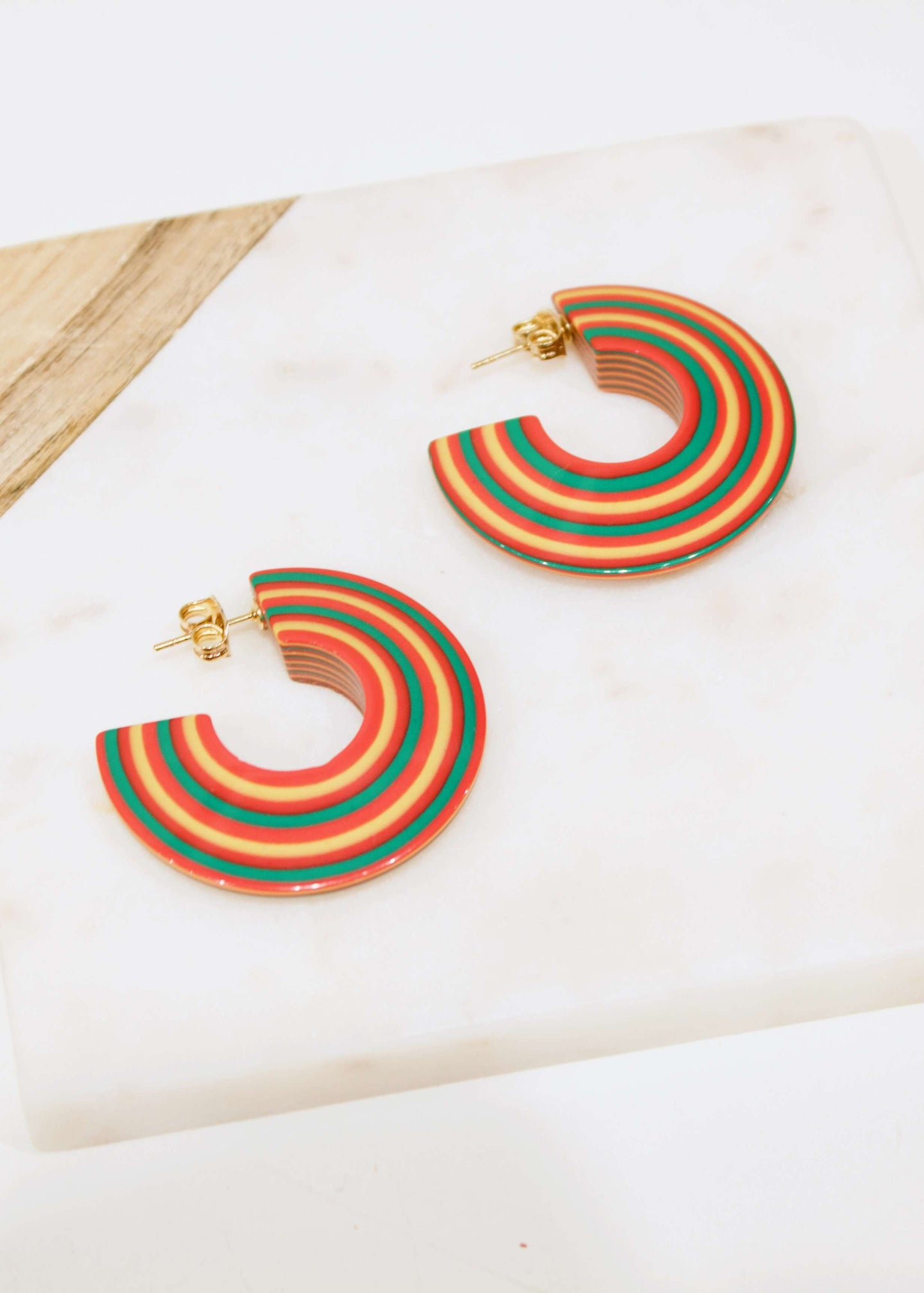 When in Amsterdam | Candy stripe circular earrings | Rue Saint Paul