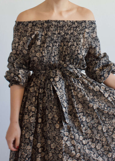 San Sebastián | Off the shoulder smock flower dress | Rue Saint Paul