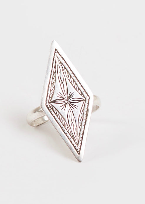Al'Baje | Geometric Pure Silver Ring | Rue Saint Paul