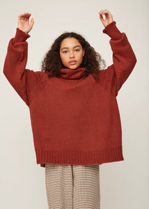 Oversized cowl neck sweater in rust | Rue Saint Paul