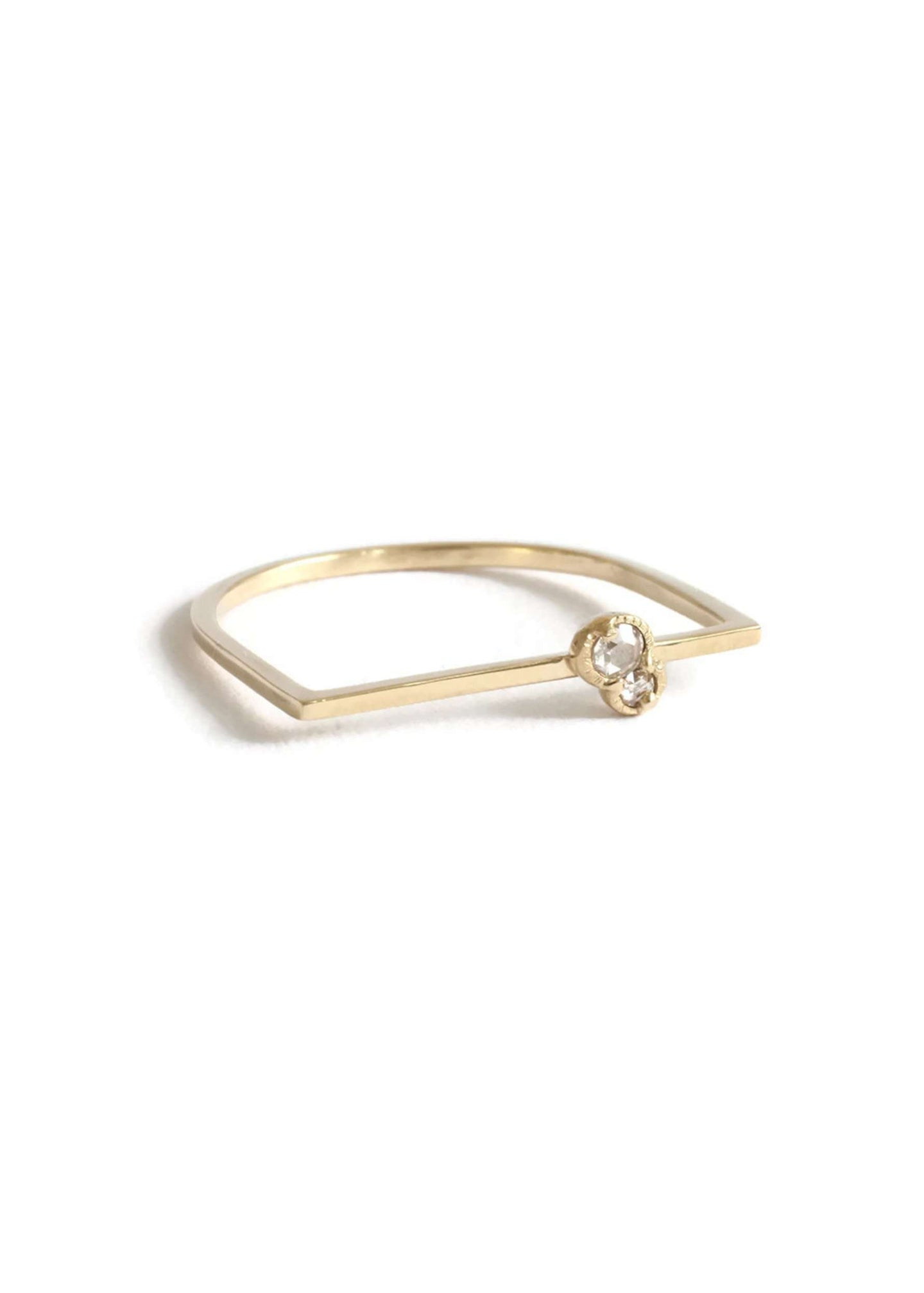 Twin City Bae | Minimal 14K gold and double diamond bar ring | Rue Saint Paul