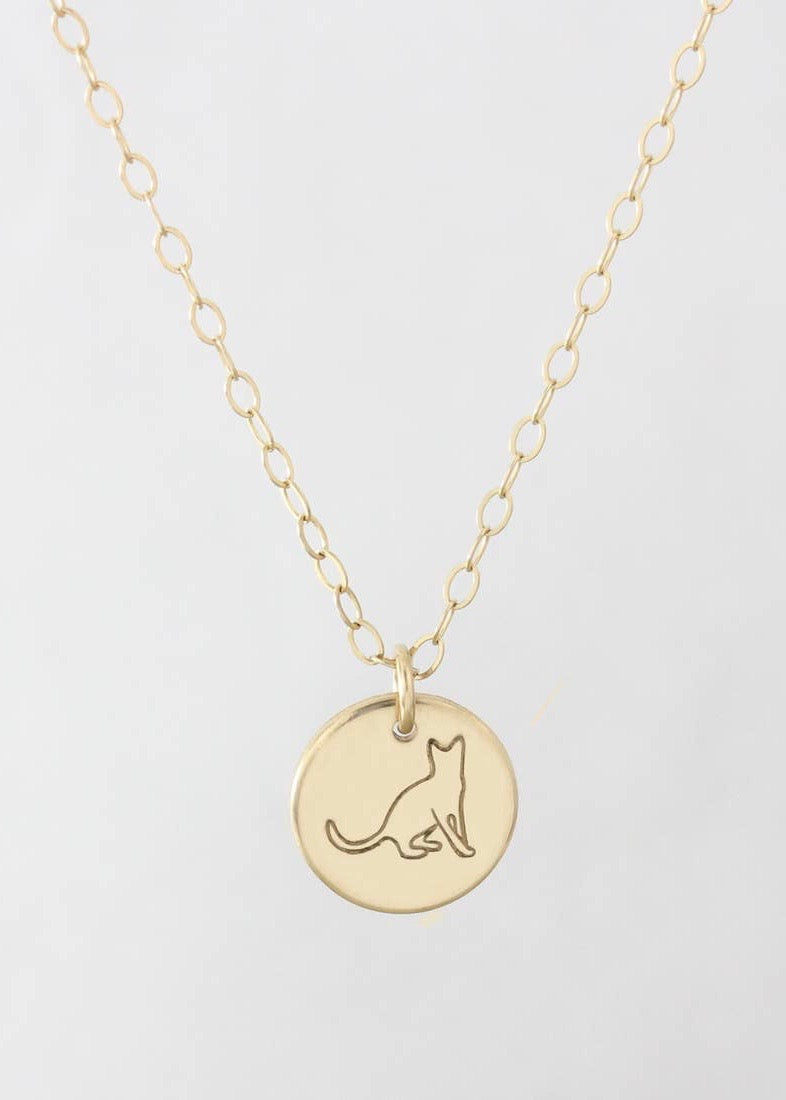 Cat pendant necklace | Conscious Jewelry | Rue Saint Paul