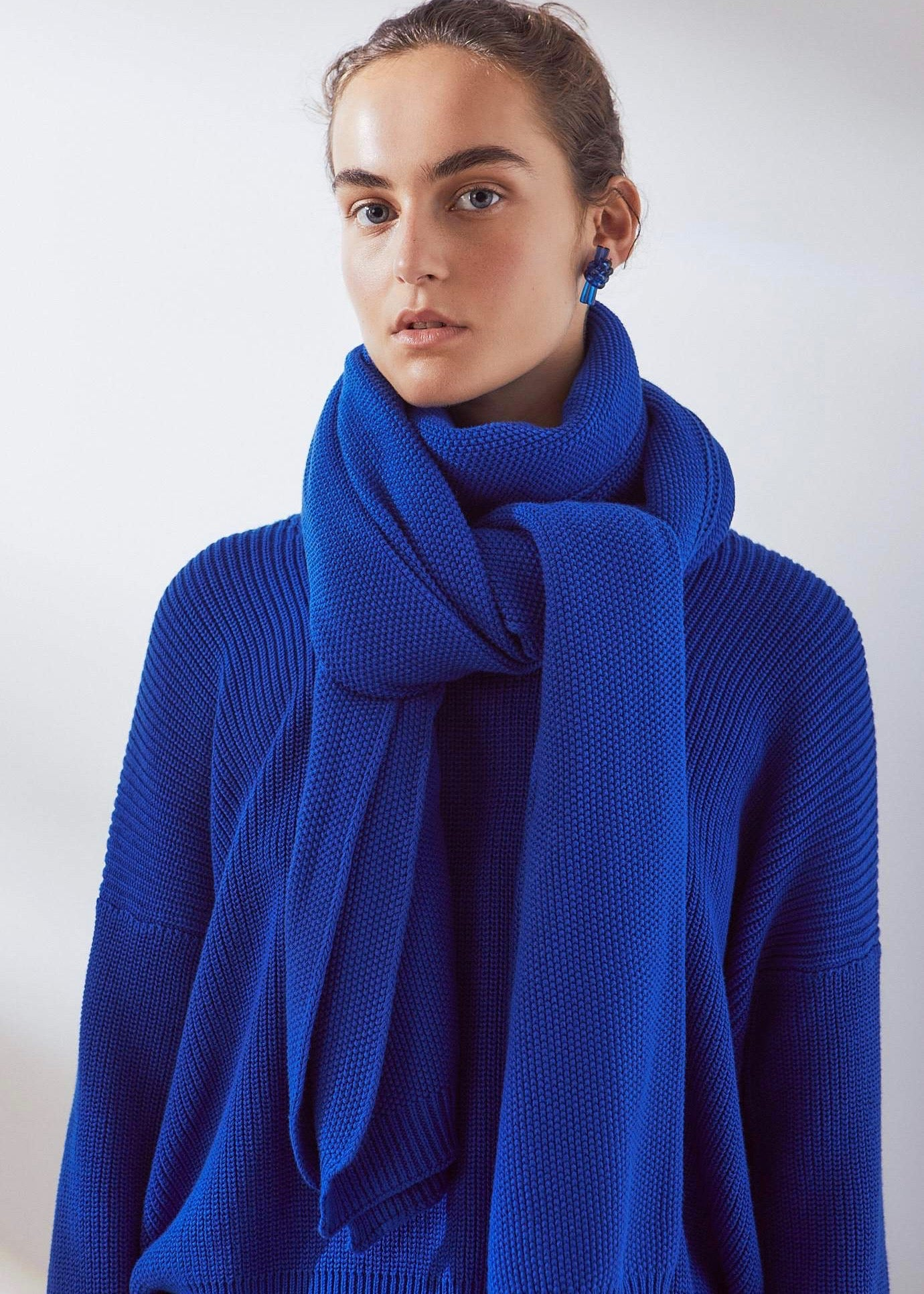 Large cobalt organic cotton scarf | Sustainable & Ethical | Rue Saint Paul