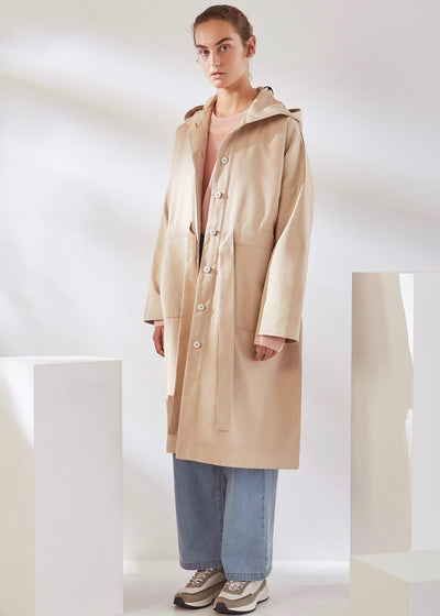 Oversized beige windbreaker jacket | Sheltered Anorak | Rue Saint Paul
