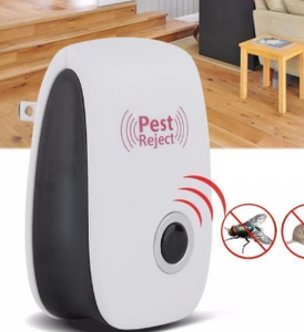 BUY MORE SAVE MORE 🎈Ultrasonic Insects/Rodent Pest Repellent🎈
