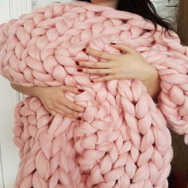 SnuggleTime Hand-Knitted Chunky Blanket - Project Lvl Online Store