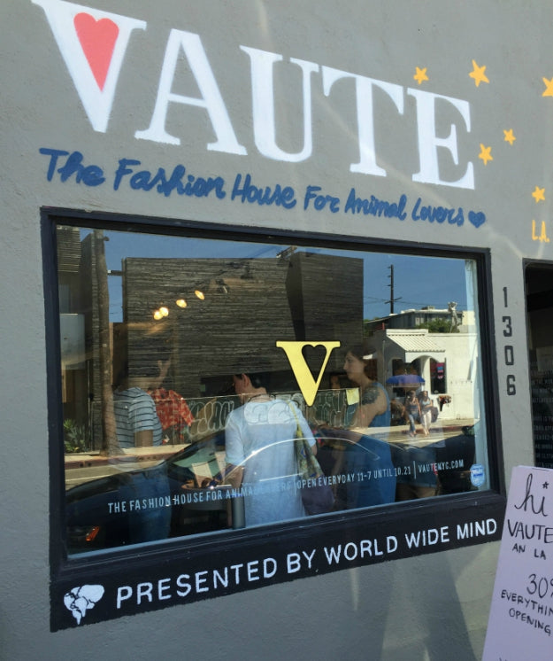 Vaute Couture Pops in Venice