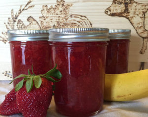 Strawberry Jam 8oz - Homemade jam - Homemade Preserves - Oil Patch Farm - Handcrafted Jam - Gourmey Jams