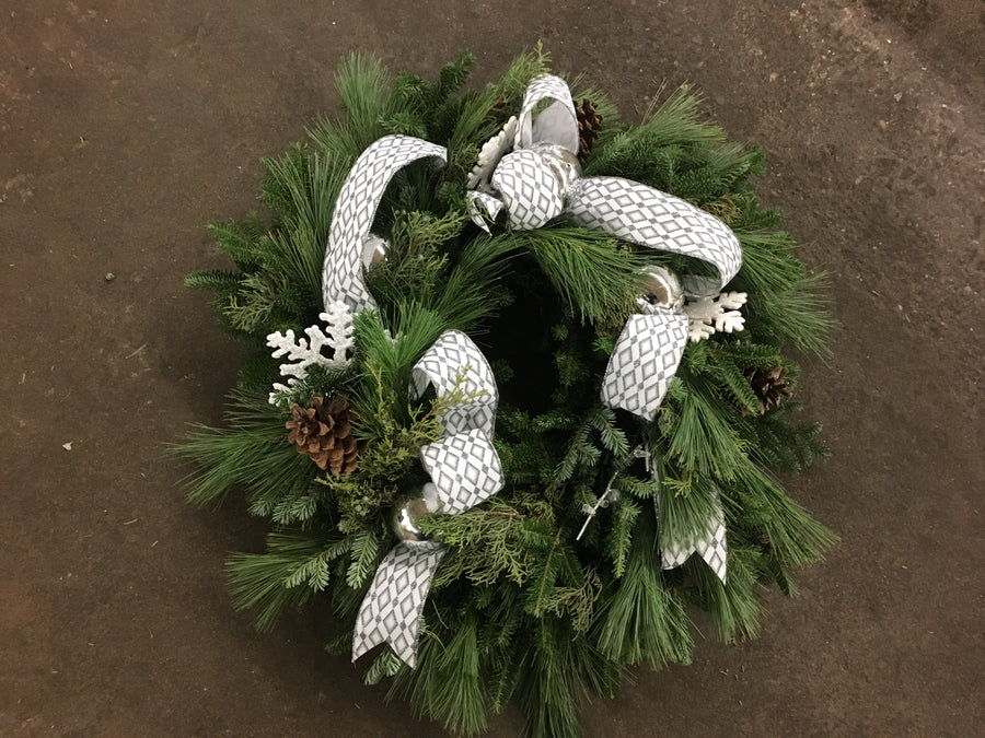 Evergreen Wreath 30