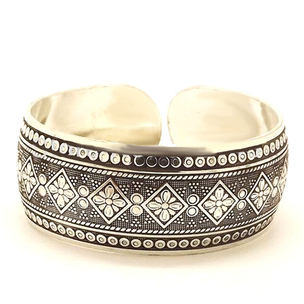 Tibetan Love Cuff Bangle-Accessories- Boho Chic - Free Spirit -The Poetic Soul