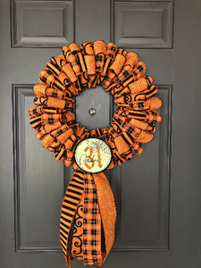 Halloween Ribbon Wreath, October 31st Front Door Décor, Trick or Treat Wall Hanging, Holiday Porch Decoration, Kats Creations 777