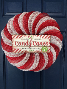 Candy Cane Christmas Wreath, Peppermint Sweet Front Door Decor, Confection Seasonal Decoration, Holiday Wall Hanging, Kats Creations 777