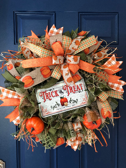 Fall Pumpkin Trick or Treat Wreath, Rustic Farmhouse Door Hanger, Halloween Decoration, Vintage Front Door Decor, Kats Creations 777