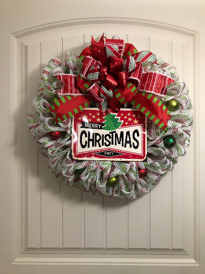 Vintage Christmas Wreath, Retro 70's Christmas Decor, Christmas Party Decor, Kats Creations 777