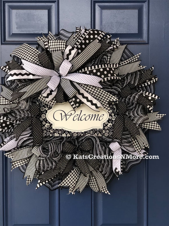 Farmhouse Welcome Wreath, Front Door Décor, Porch Decoration, Country Wall Hanging, Gift for Her, Wreath for Front Door, Kats Creations 777