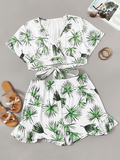 Plus Tie Side Palm Tree Print Top With Shorts