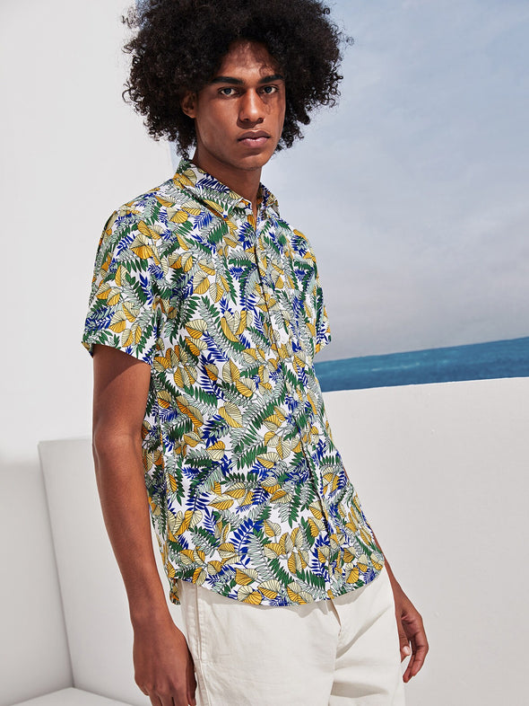 Men All Over Leaf Print Hawaiian Shirt