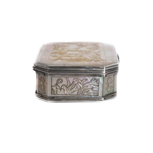 Silver and Cantonese MOP Antique Snuff Box - China, Qing Dynasty - Circa 1810