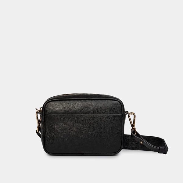 Carla Grained Black Shoulder Bag