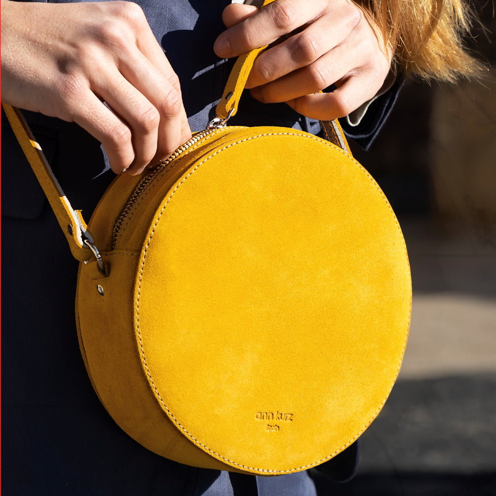 Pia Metallic Rosè Circle Bag - ann kurz