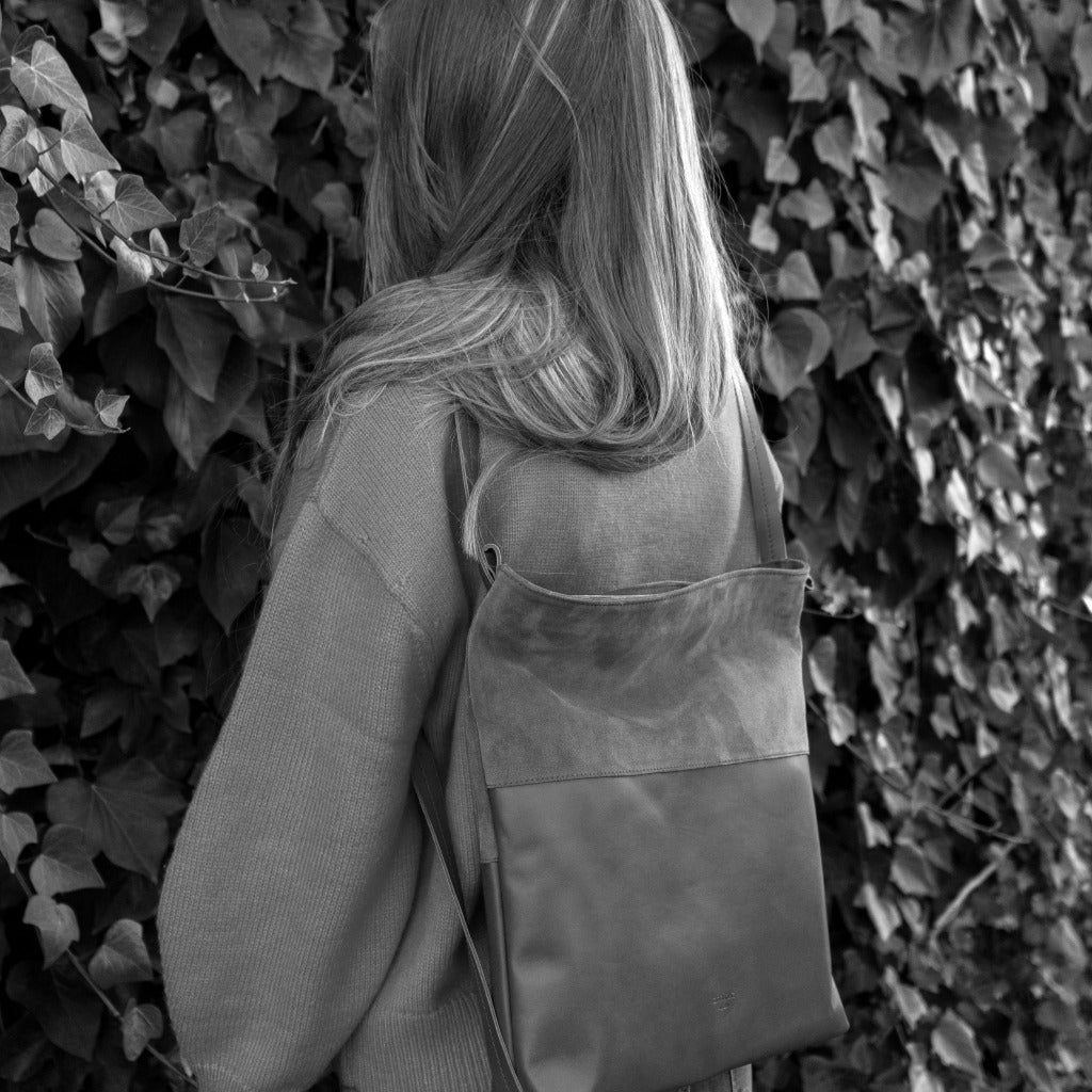 Tanti Black Mix Bag and Backpack - ann kurz