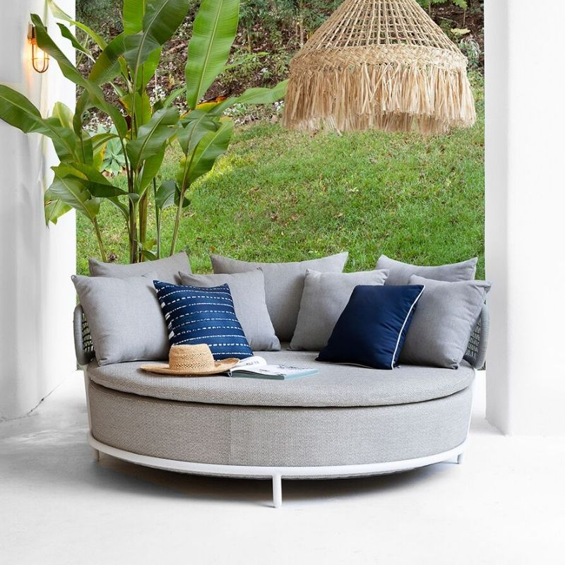 Flamenco Outdoor Daybed