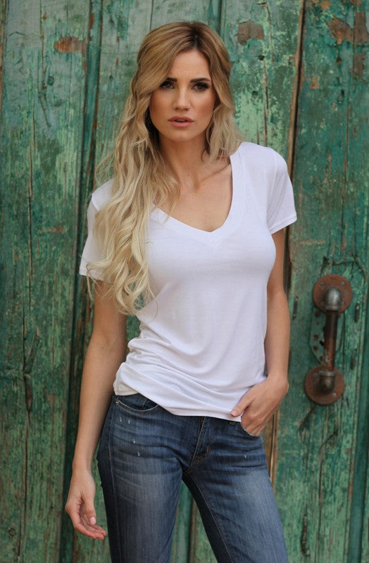 *FINAL SALE* The Perfect Solid V-Neck