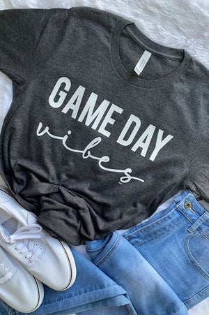 """Game Day Vibes"" Graphic Tee - CHARCOAL - Jane & Kate"