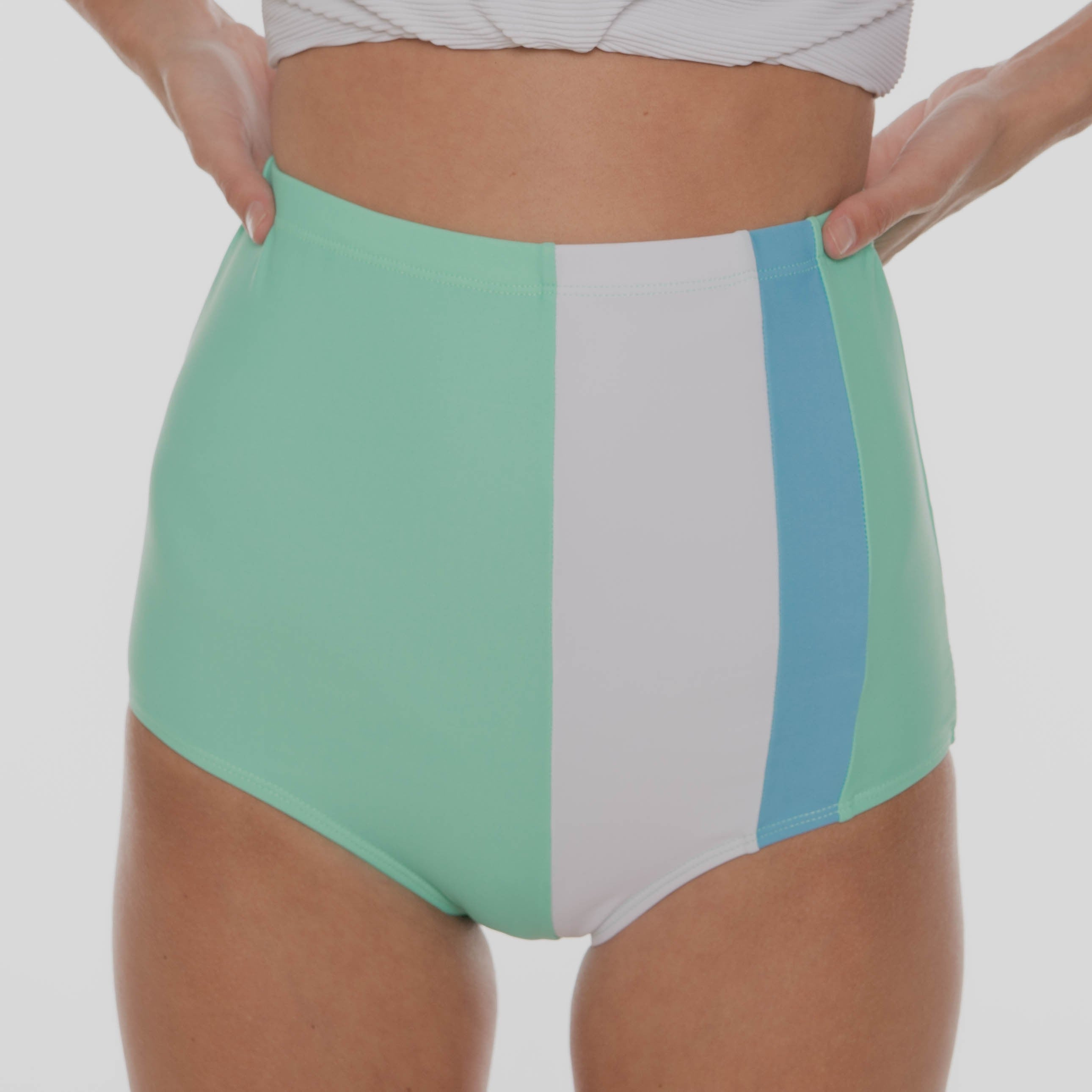 The Izzy Swimsuit Bottoms - MINT