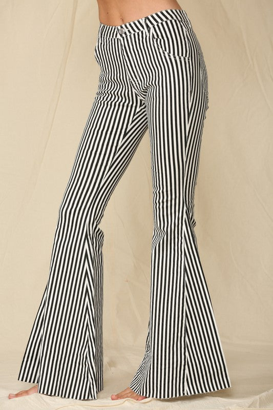 *FINAL SALE* Striped Bell Bottom Jeans - BLACK/WHITE