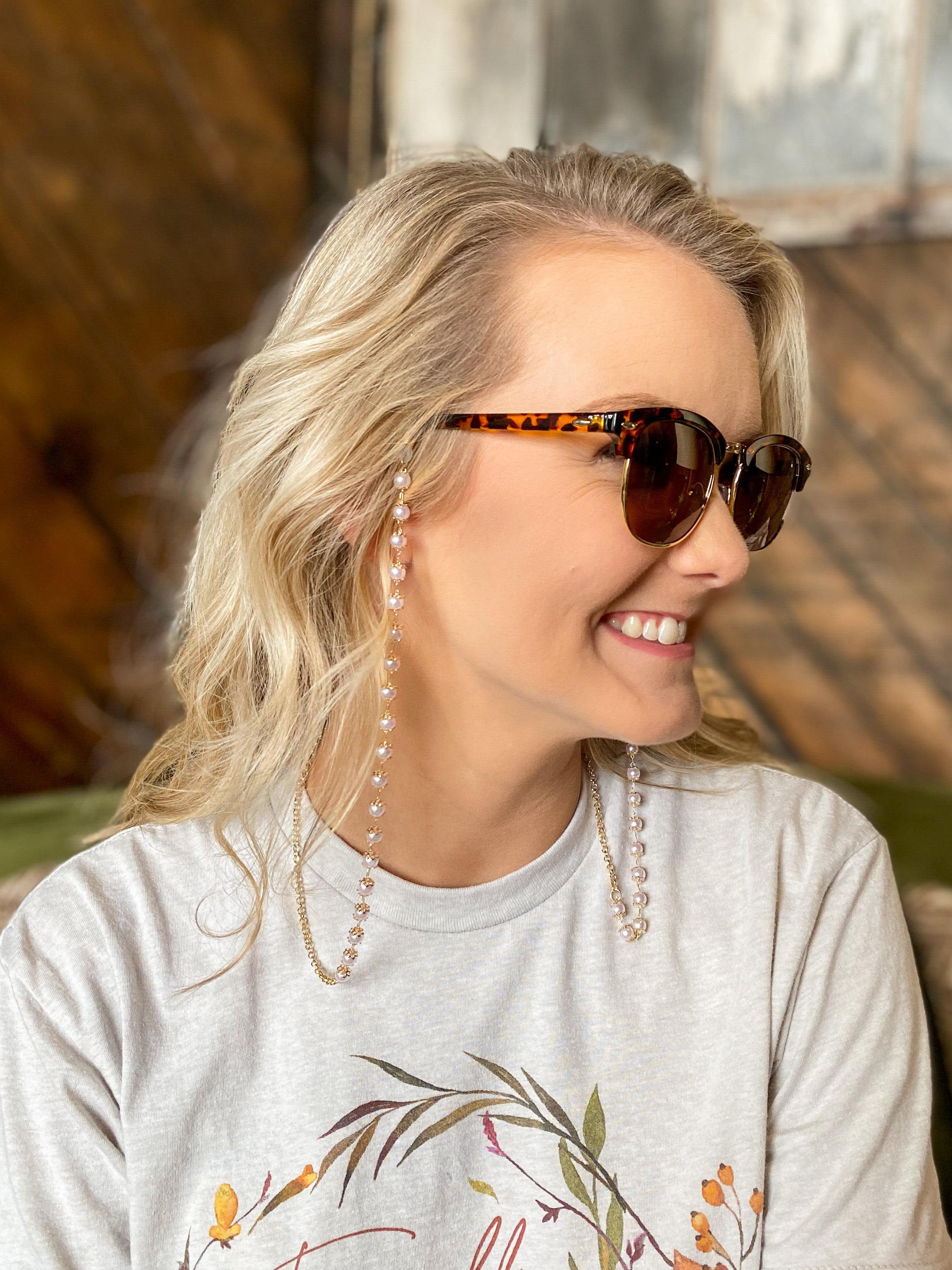 Louisa Sunglasses Chain