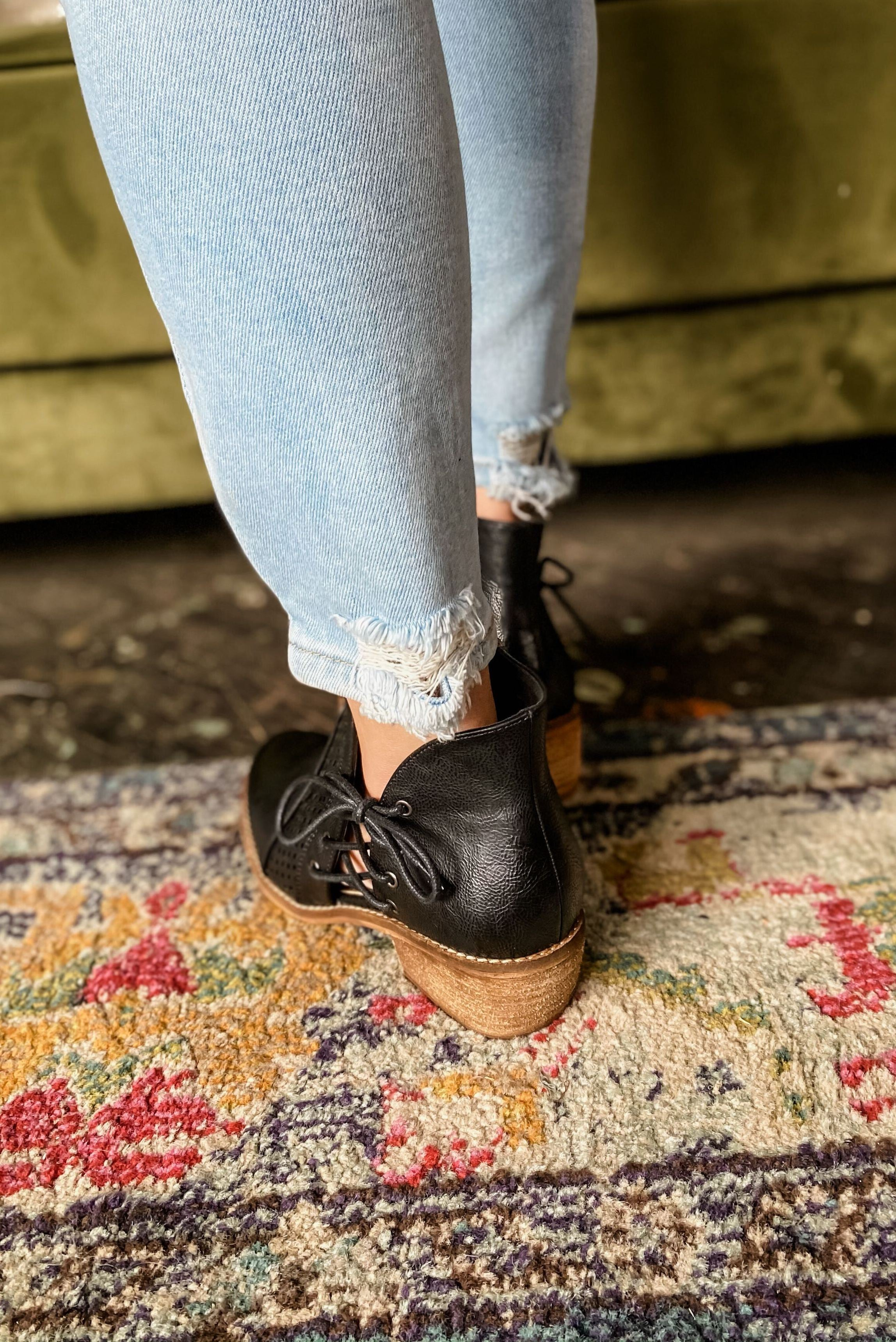 *FINAL SALE* The Leta Booties