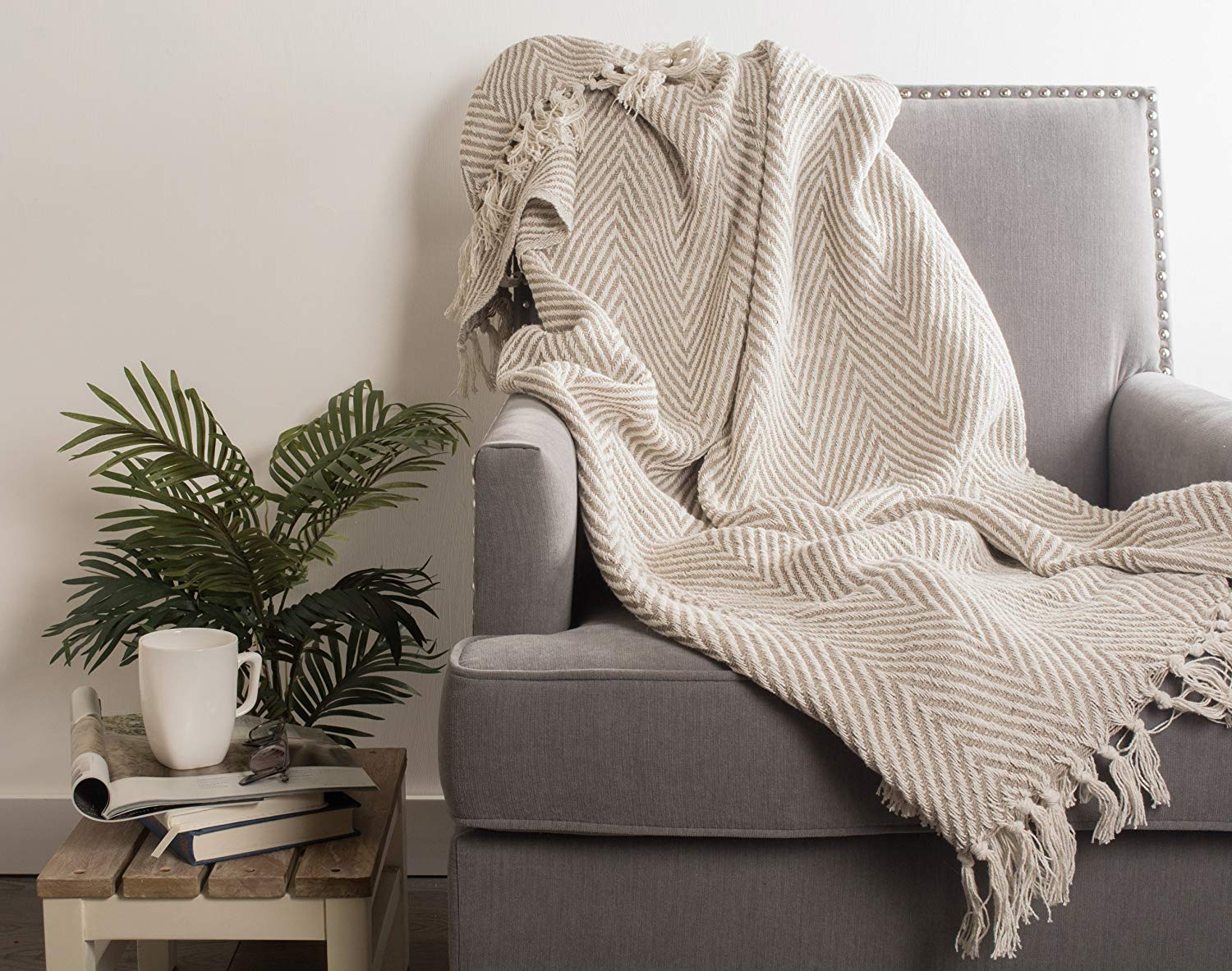 DII Rustic Farmhouse Cotton Chevron Blanket Throw with Fringe