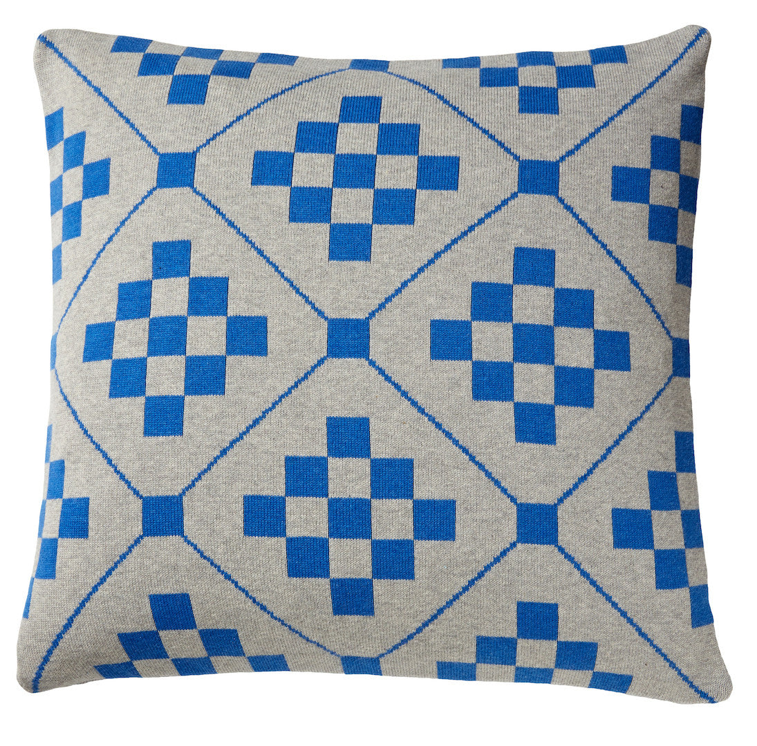 Chladni cushion, blue_front
