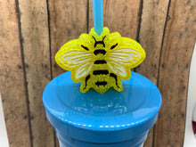 Load image into Gallery viewer, Bee Straw Topper Mold (flat)