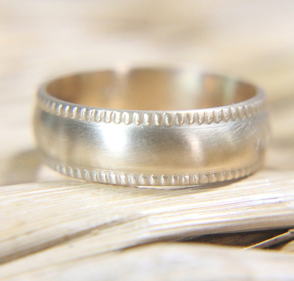 14K Milgrain Wedding Band
