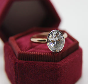 The Persephone - Engagement Solitaire
